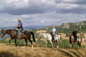 Shangri-La Ranch: Horseback Riding Adventures for Everyone