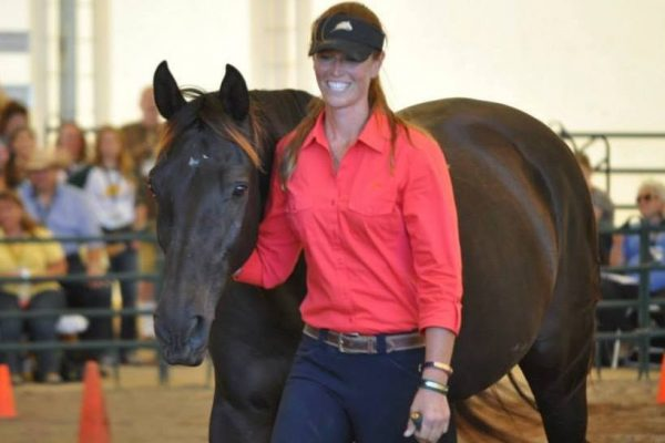Working a Horse at Liberty – the Ultimate Conversation | SLO Horse News
